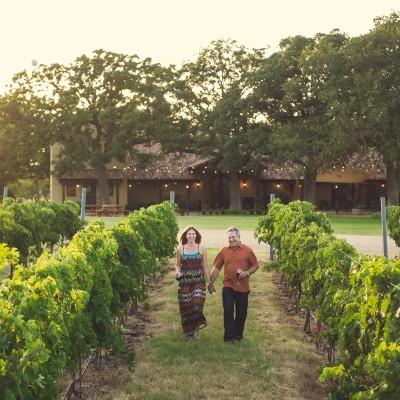 Couple Drinking wine at Grape Creek Vineyards